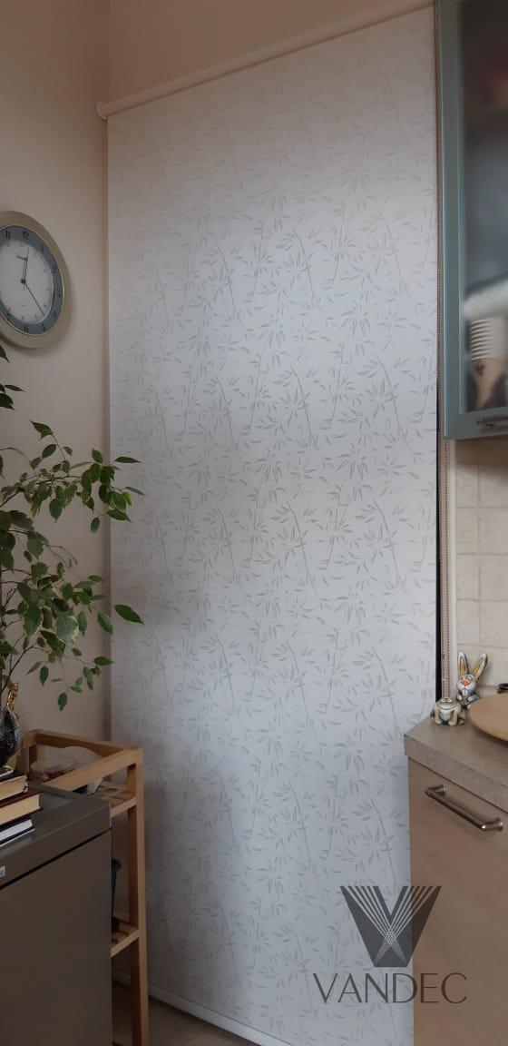 Свободновисящая рулонная штора из ткани Бамбук магнолия - Москва, ул.Василия Ботылёва