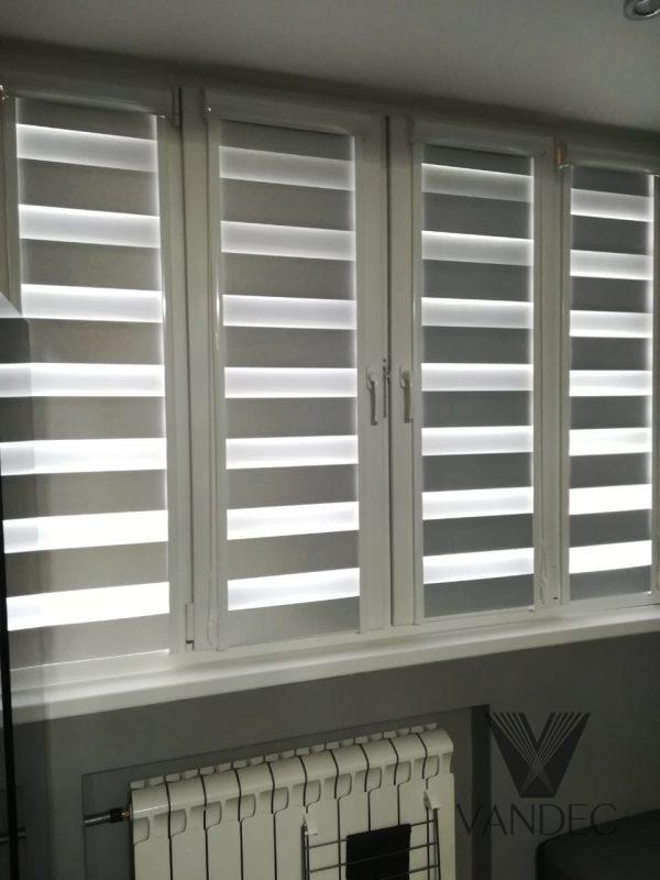 Рулонные шторы в системе UNI2, ткань Зебра Глория Био ВО белый