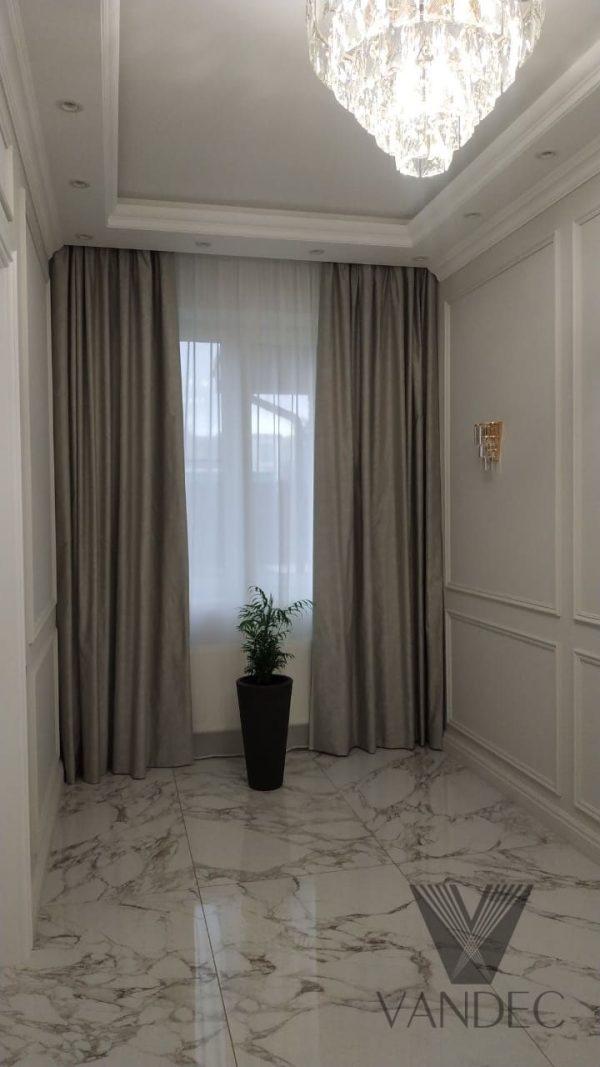 Римские шторы и портьеры для кухни и коридора